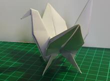 誰說紙鶴不能有腳?我偏偏要讓它有四隻腳!